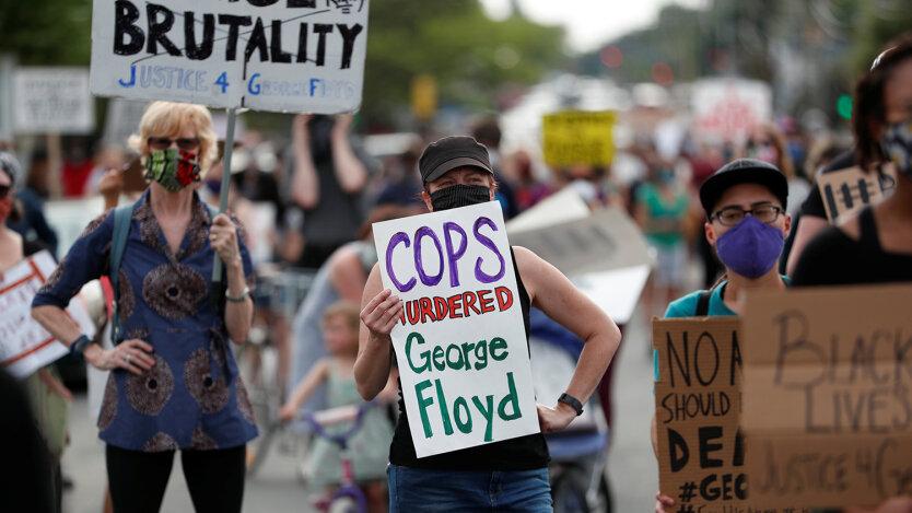 Американские протесты: Обрушившееся прошлое и нечеловеческое будущее