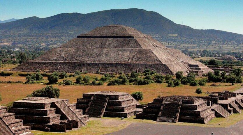 atsteki_piramida-teotiuakana
