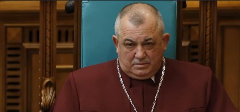 Судья Владимир Мойсик, КСУ, Дмитрий Разумков