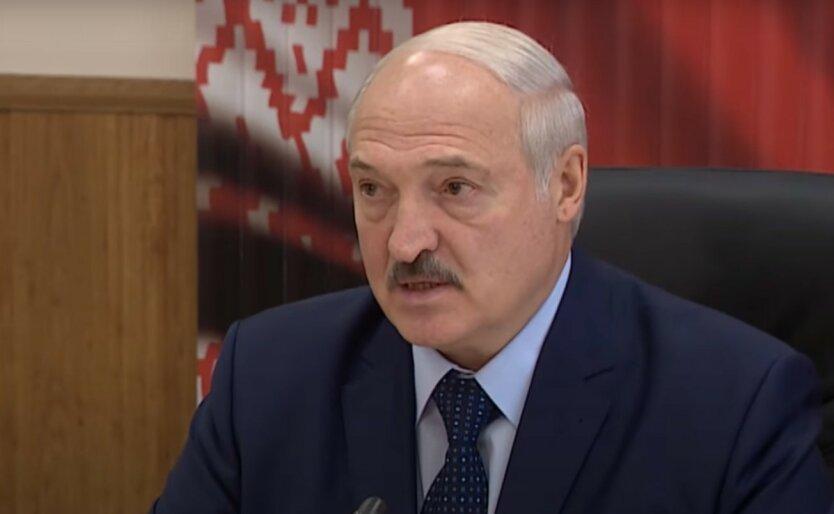 Лукашенко готовится стать вторым Януковичем, - Bloomberg