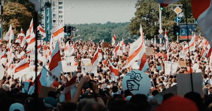 Акт о демократии в Беларуси, санкции против лукашенко