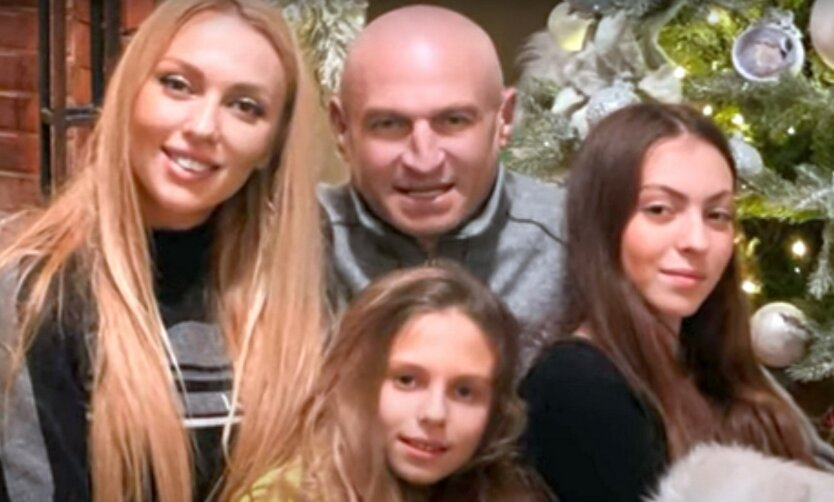 Дочка Поляковой показала редкое семейное фото с отцом