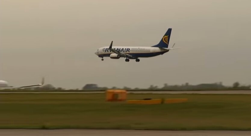 лайнер Ryanair