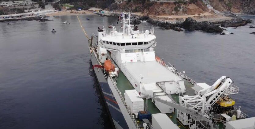 Подготовка к прокладыванию кабеля Grace Hopper по дну Атлантического океана,Новый проект Google