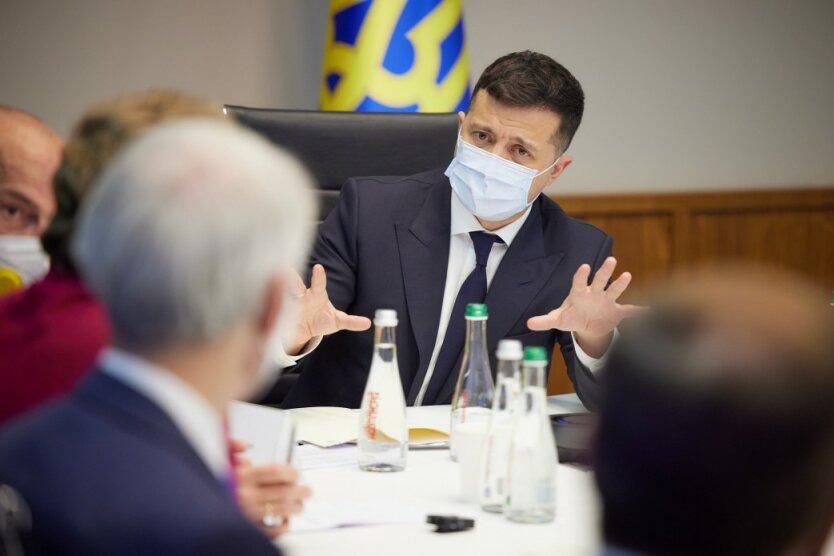 Зачем президент начал войну с Кличко: у Зеленского впереди решающие полгода