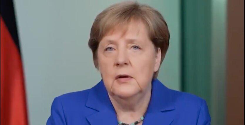 Меркель осудила агрессию против Украины и напомнила об исторической связи с Россией