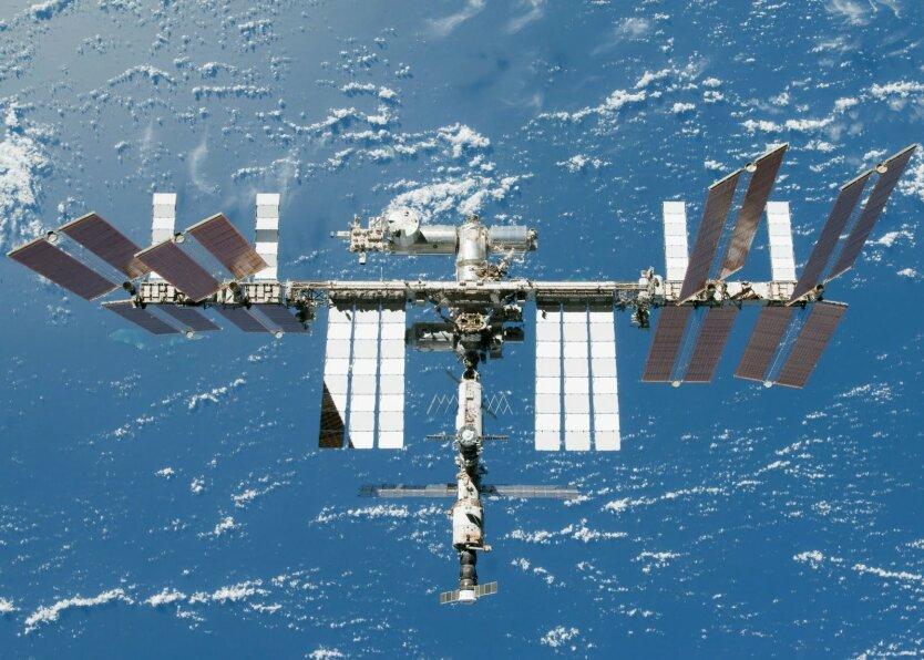 Международный космический экипаж вернулся на Землю