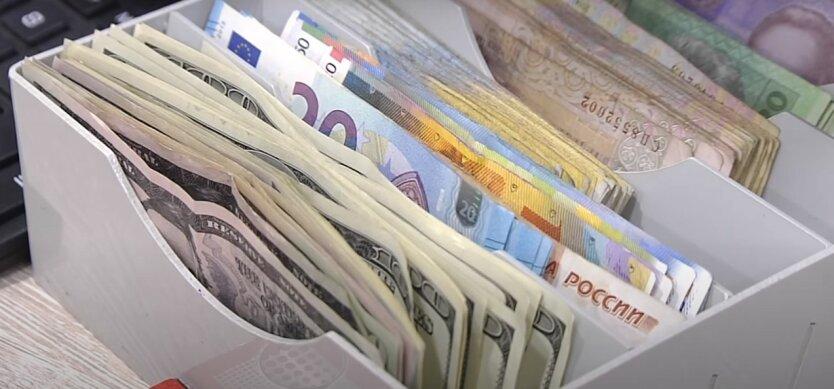 курс валют,обмен валют,девальвация гривны,доллар подорожает,укрепление доллара