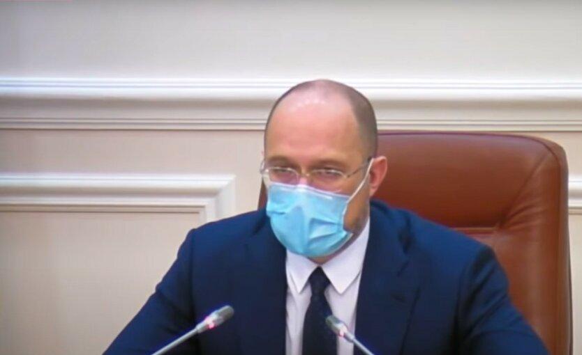Украинцев предупредили о второй волне коронавируса
