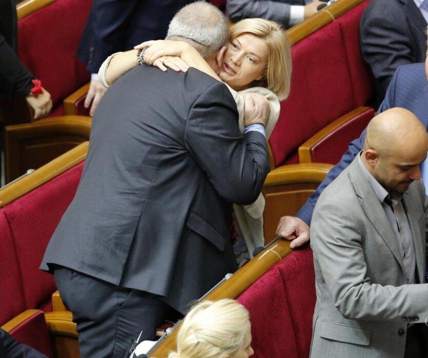 Украинцы превратили скандалистку Геращенко в женщину-мем