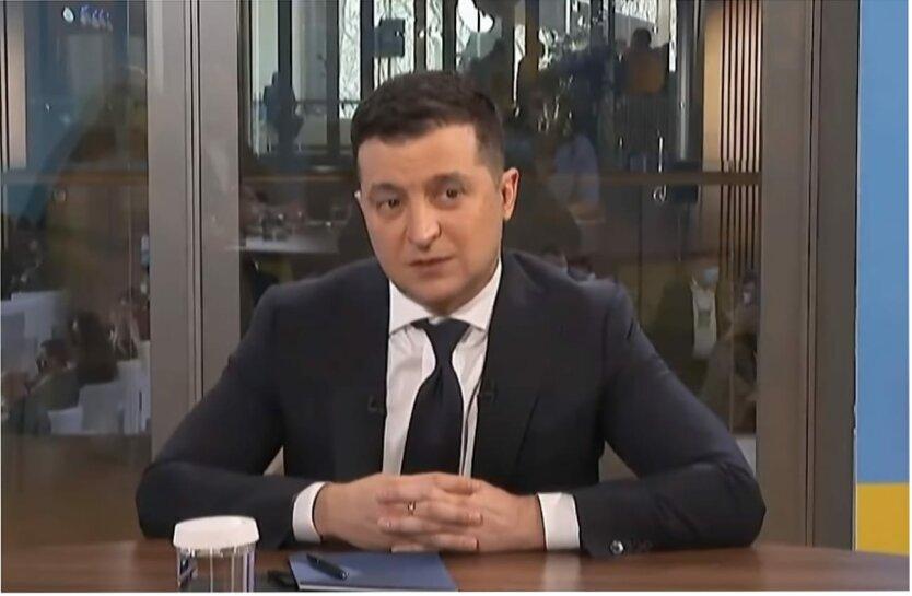 Владимир Зеленский, Юрий Романенко, Всеукраинский референдум, Разгон Верховной Рады