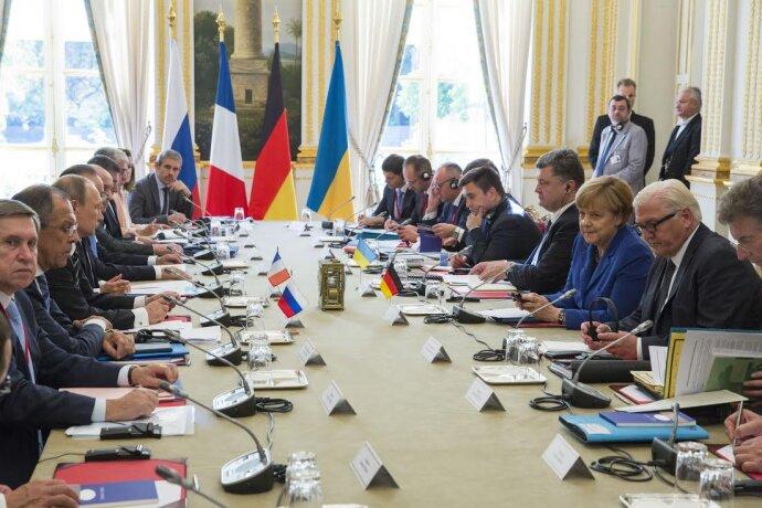 Нормандская четверка в Париже Порошенко Путин Меркель Олланд Штайнмайер Климкин