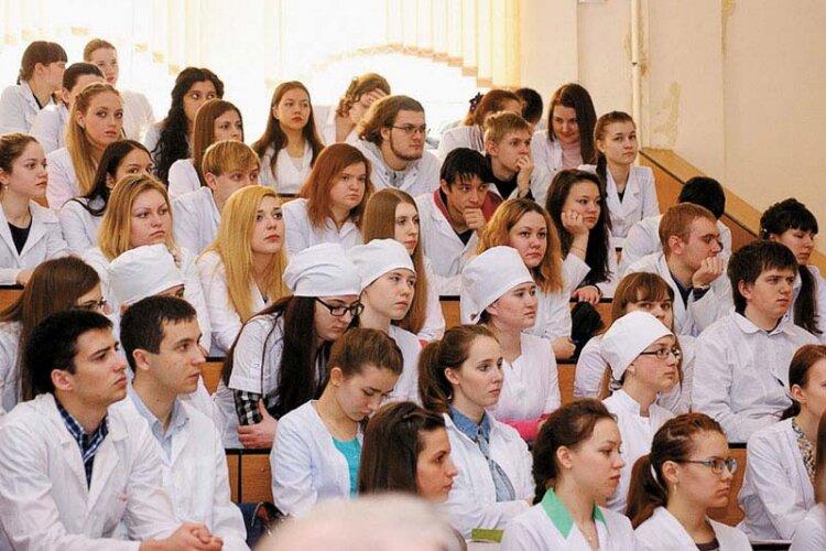studentyi-mediki