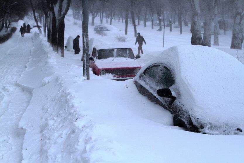 kiev-snegopad-2013-5