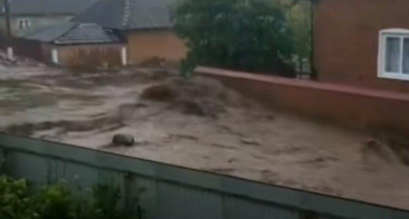 Украину накроют грозы, град и шквалы
