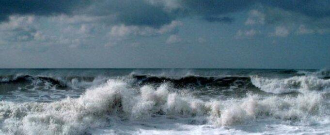 шторм Черное море