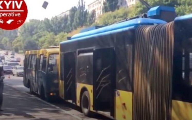 маршрутка автобус