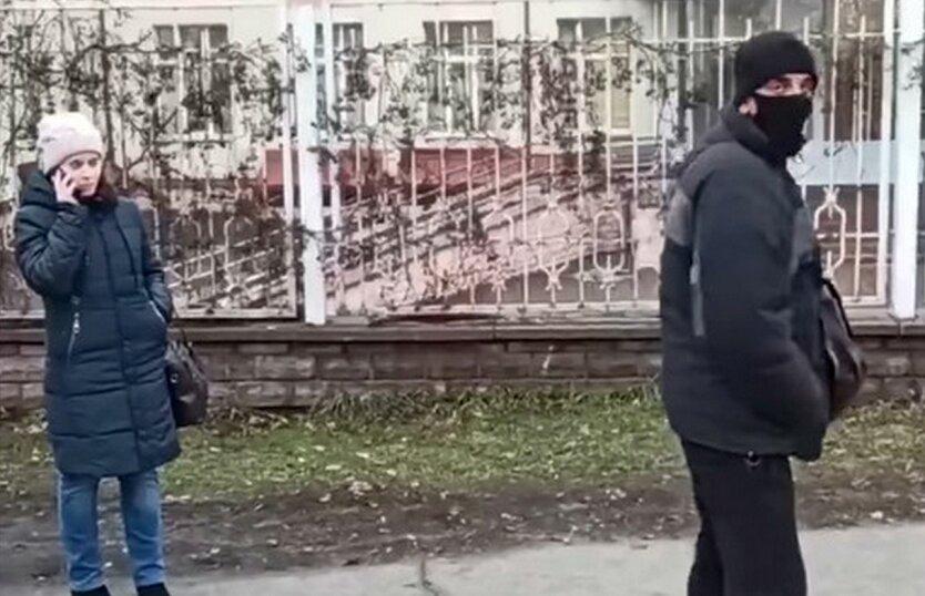В Киеве объявился серийный вор мобильных телефонов: видео