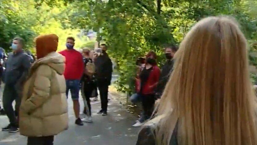 В Киеве случился настоящий коллапс из-за вспышки COVID-19: фото