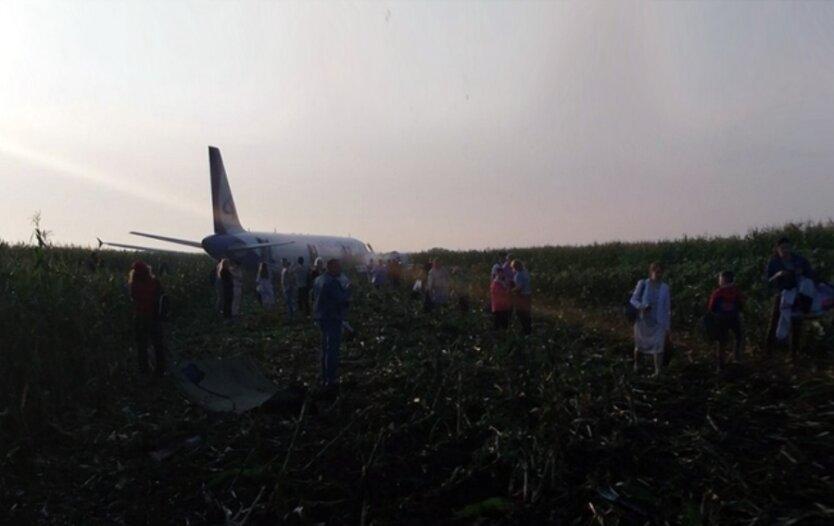 самолет_аварийная посадка