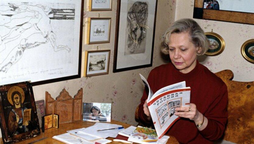 yuliya-hrushheva