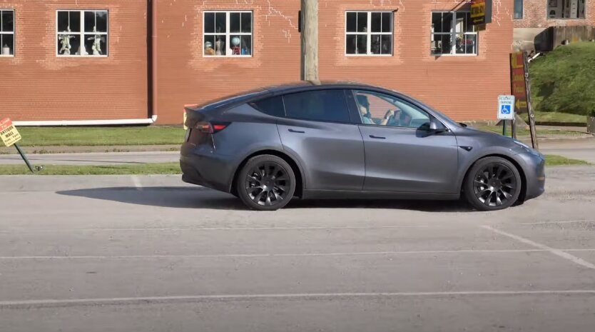Tesla, Model Y, Китай
