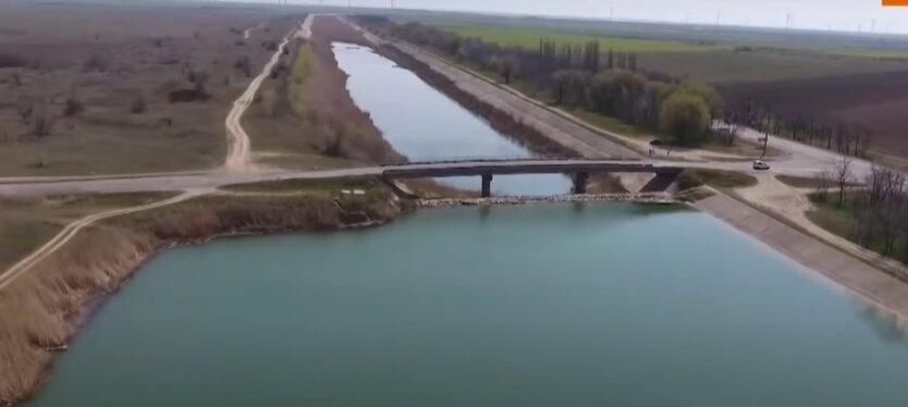 Подача воды в Крым