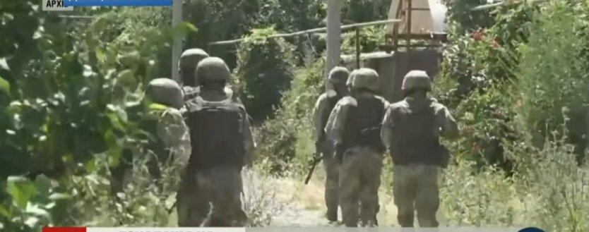 Война на Донбассе, российские боевики, САУ