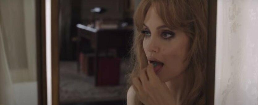 Анджелина Джоли,Брэд Питт,Дженнифер Энистон,Анджелина Джоли больна,развод Джоли и Питта