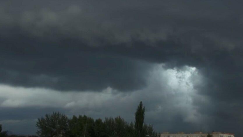 Погода на выходных превратит часть Украины в тропики
