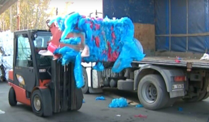 Украинцам готовят штрафы до 8500 гривен за пластиковые пакеты