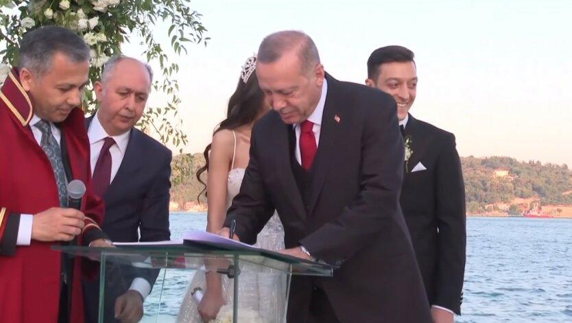 Реджеп Тайип Эрдоган, Перемирие в Нагорном Карабахе, Война Армении и Азербайджана