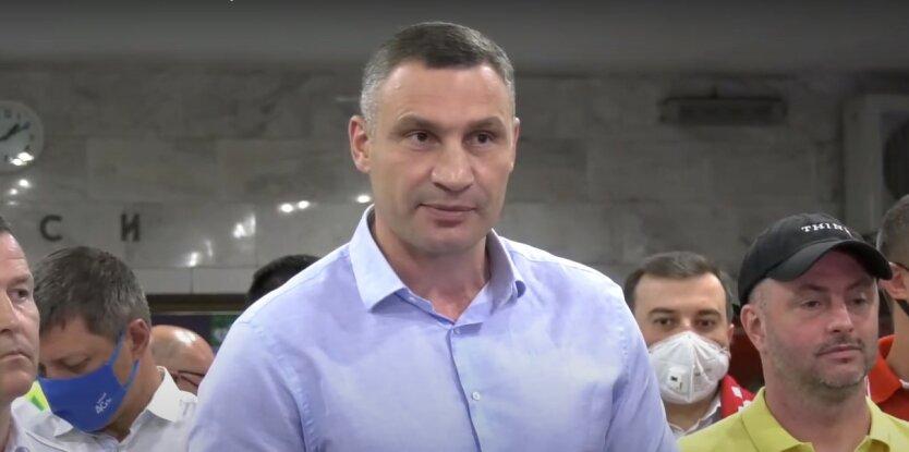 Застройка в Киеве,Виталий Кличко,скандал с застройщиком в Киеве,незаконное строительство в Киеве