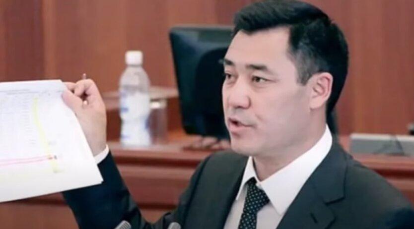 Садыр Жапаров, Кыргызстан, Кубатбек Боронов
