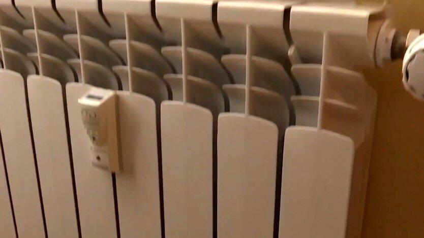 Батарея для отопления в украинской квартире