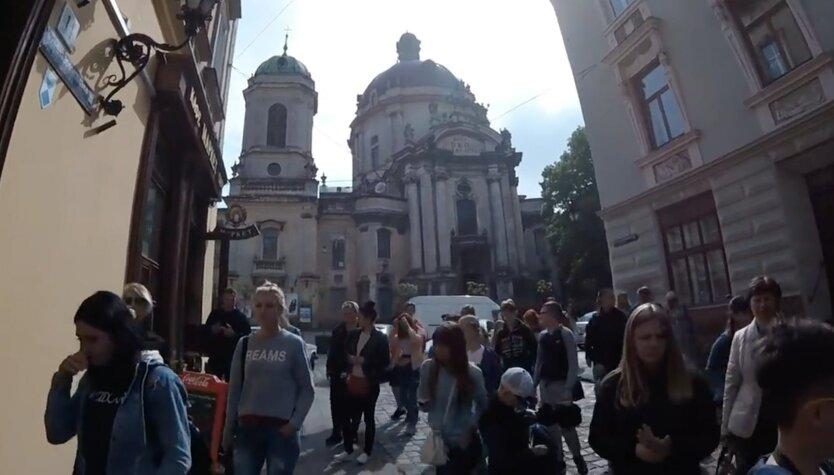 Иностранцы в Украине, туризм в украине, въезд в Украину