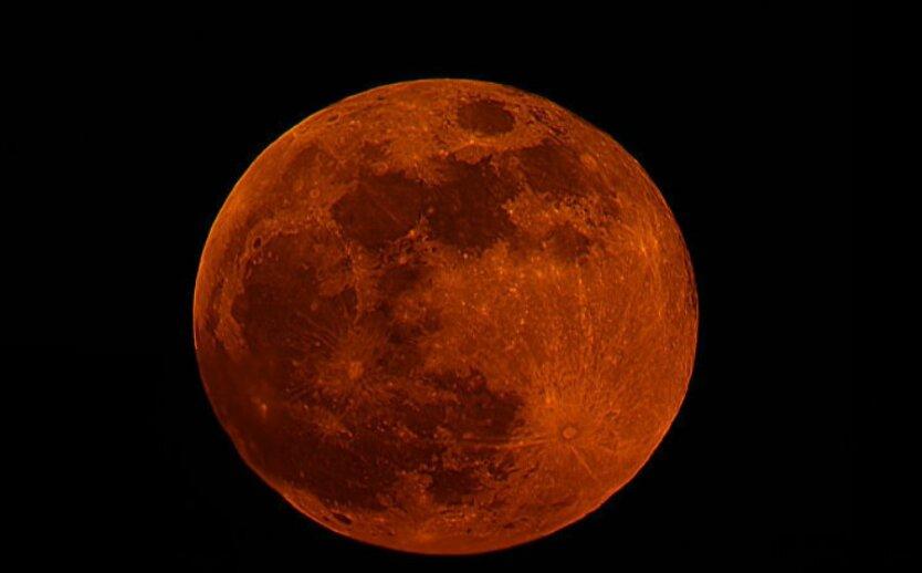 krovavaya-luna