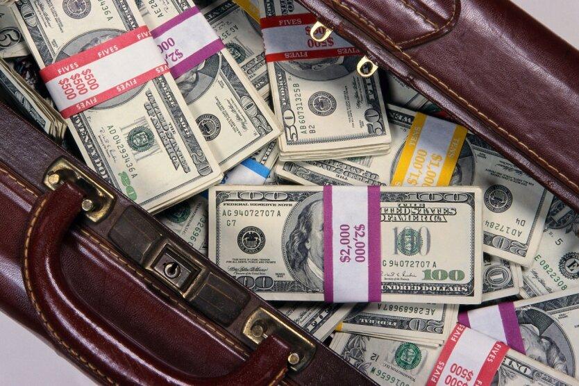 чемодан доллары