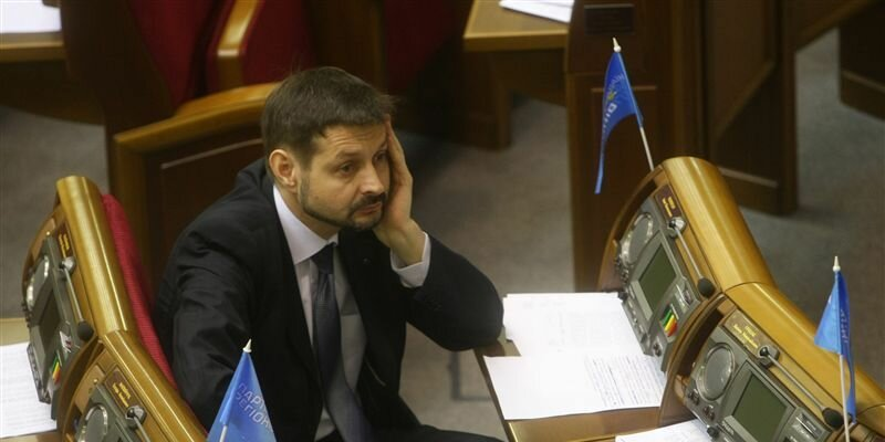 Попеску: Оппозиция пытается перенести свои внутренние проблемы на международную арену