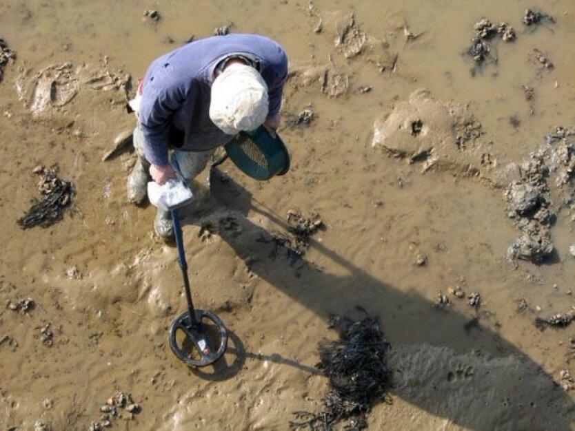 Польский археолог: грабители памятников в Украине уничтожают часть европейской истории