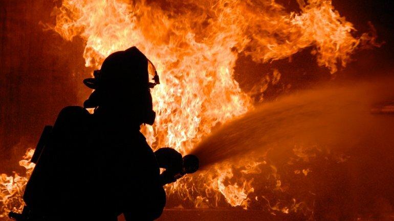 пожарный-