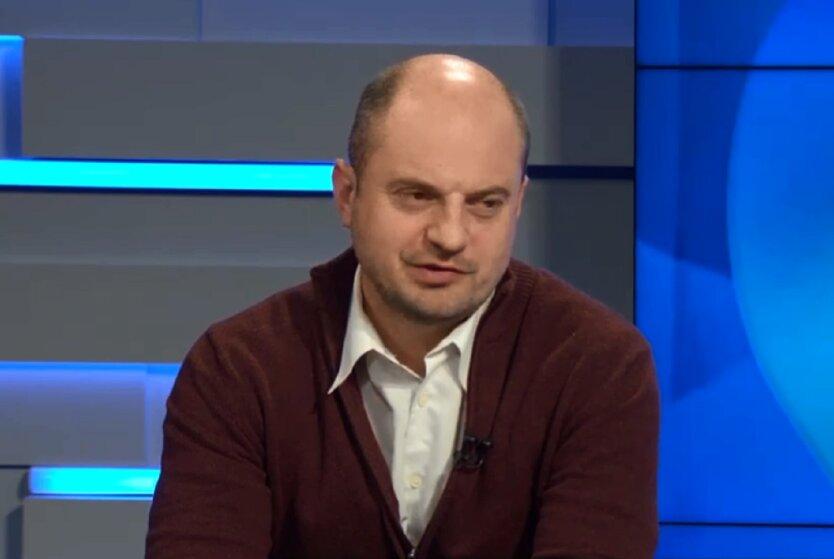 Эксперт по вопросам ЖКХ Олег Голубенко