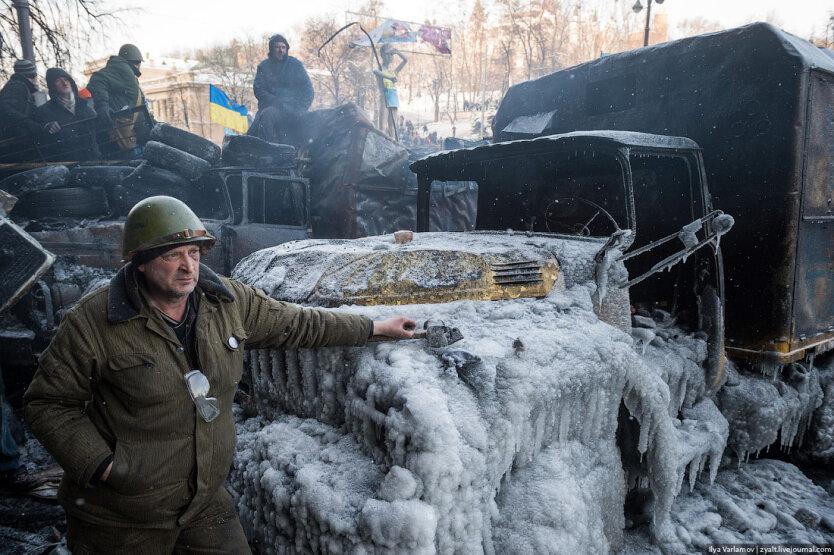 Столкновения на Грушевского16