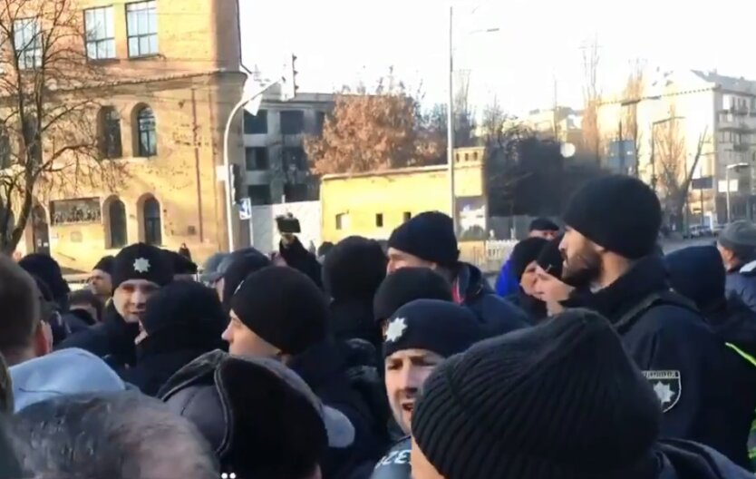 митинг под Радой