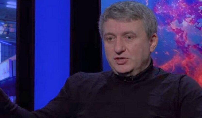 Романенко констатировал окончание «медового месяца» между Зеленским и Коломойским