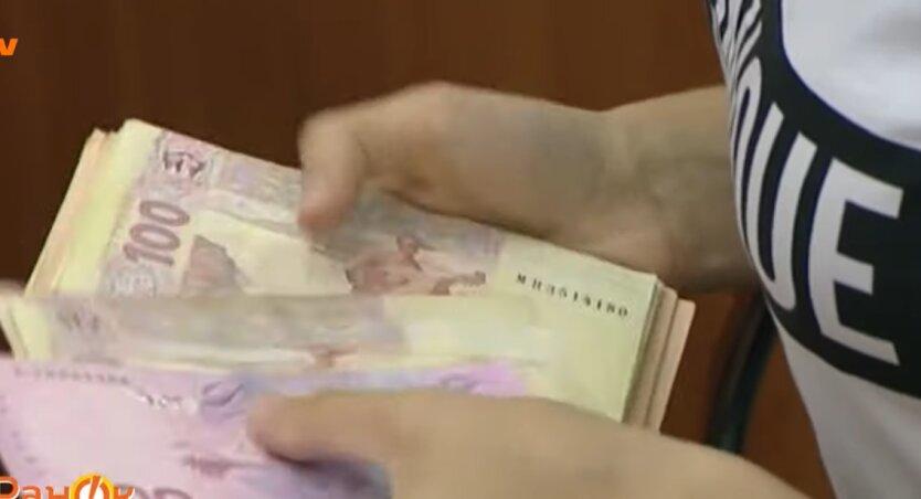 Курс валют в Украине, антирекорд, девальвация гривны