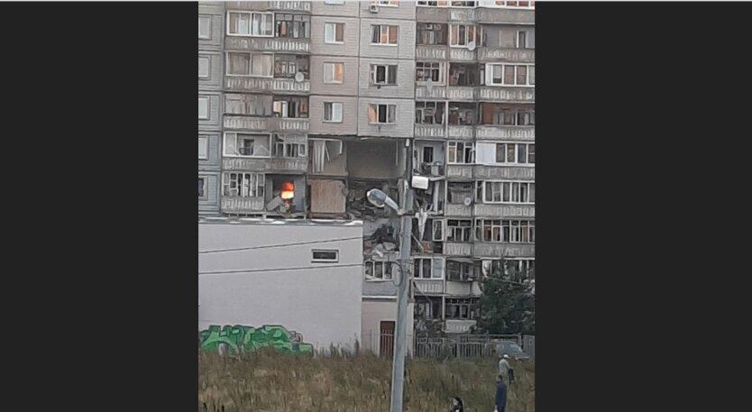 В Ярославле произошел мощный взрыв в жилом доме: фото и видео