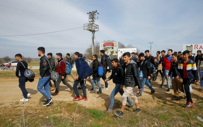Эрдоган может освободить до 30 тысяч заключённых и направить к границам ЕС