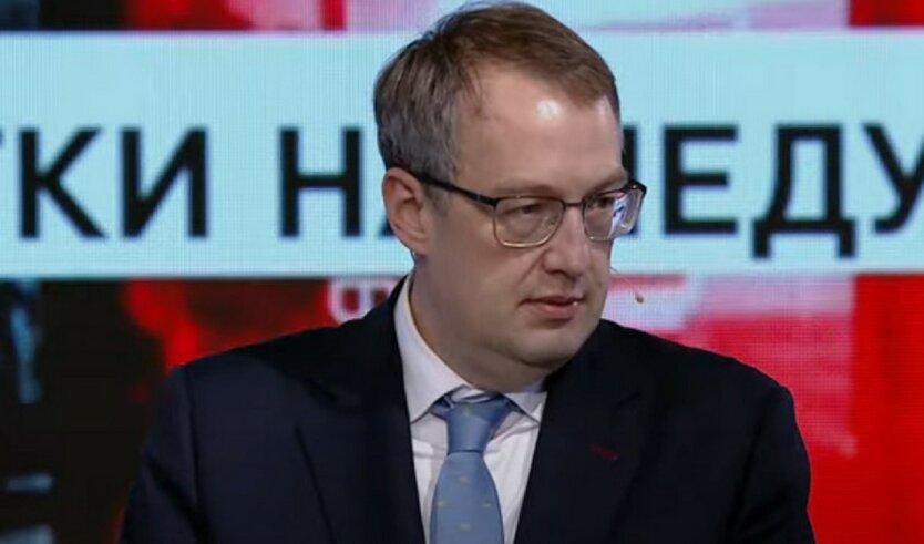 Геращенко прокомментировал задержание сторонника Стерненко возле ОП