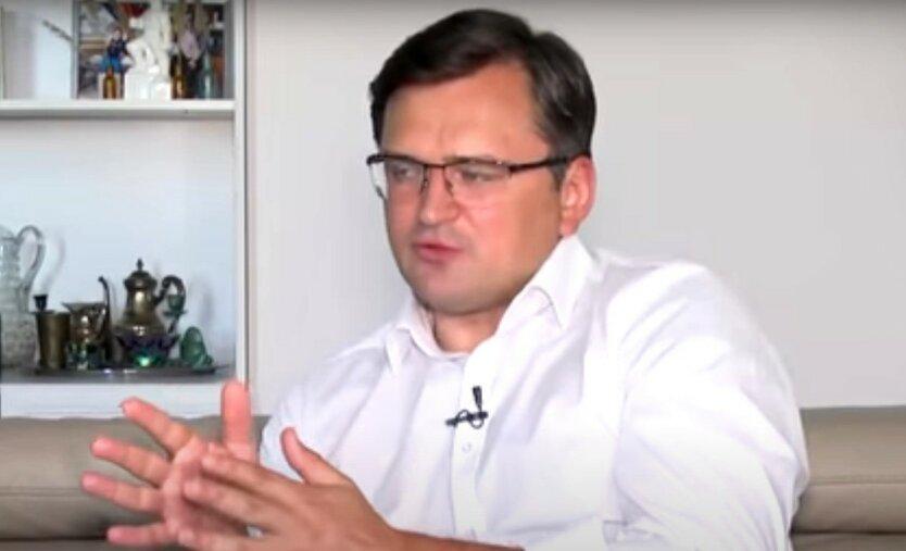 Кулеба дал оценку российской вакцине от коронавируса